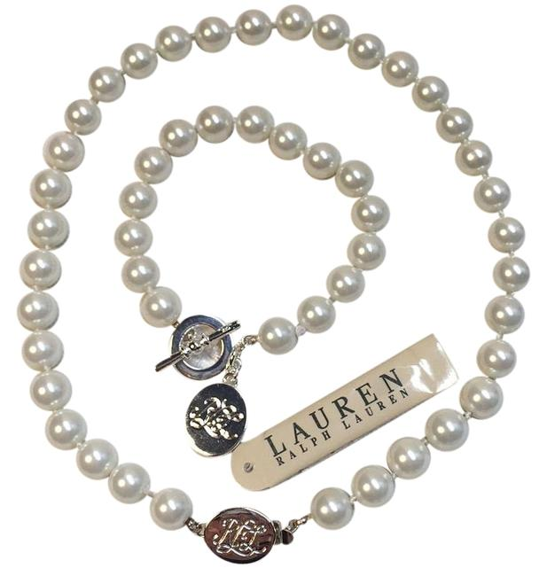 Item - Pearl and Silver Necklace