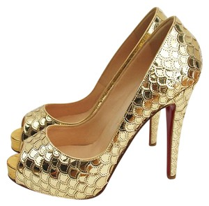 Christian Louboutin Scaled Scalloped Leather Gold Pumps