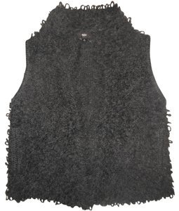 Mossimo Supply Co. Fuzzy Soft Cozy Vest Shaggy Sweater