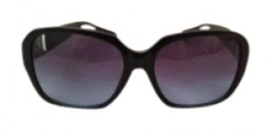 Preload https://item1.tradesy.com/images/coach-black-adelle-sunglasses-158575-0-0.jpg?width=440&height=440