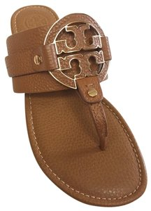 ecf94efd728 Tory Burch Sandals on Sale - Up to 70% off at Tradesy