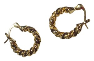 Other New 14K Gold Filled Hoop Earrings Small J2609