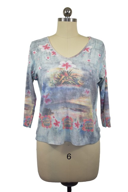 Item - Blue Live and Let Live Blouse Size 6 (S)