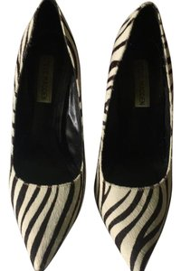 Steve Madden Black/white Pumps