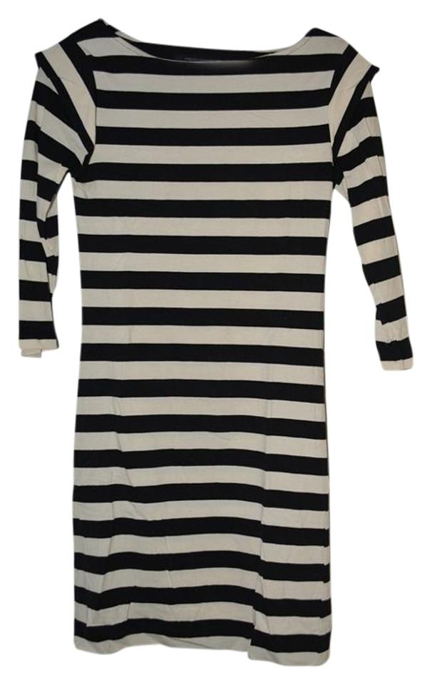 97f2dde6837 French Connection Black and White Stripes Jersey Short Casual Dress. Size: 6  ...