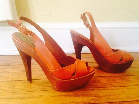 Bakers Light brown/orange leather Pumps