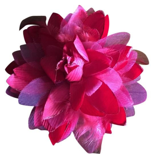 Other Flower Red Hair Clip