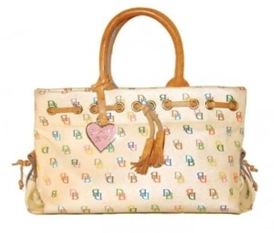 Preload https://item5.tradesy.com/images/dooney-and-bourke-and-white-coated-canvas-tote-158679-0-0.jpg?width=440&height=440