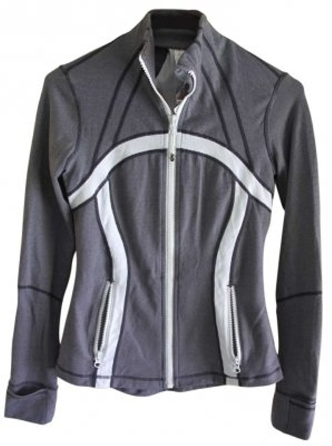 Preload https://img-static.tradesy.com/item/158706/lululemon-gray-with-white-activewear-jacket-size-4-s-27-0-0-650-650.jpg