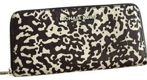 Michael Kors Jet Set Travel ZA Continental Wallet Haircalf