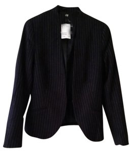 H&M Pin stripe fitted blazer
