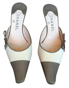 Chanel Leather Monogram Classic Light Pink & Grey Mules