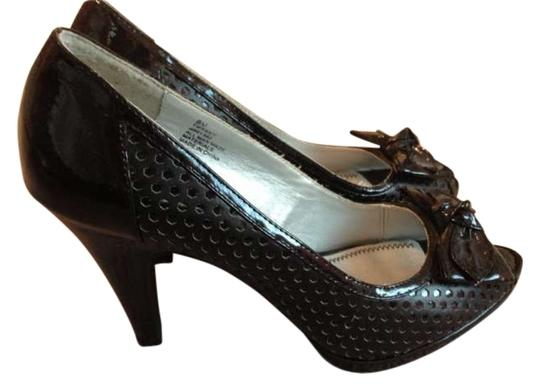 Preload https://item3.tradesy.com/images/bongo-black-tiffany-and-co-pumps-size-us-8-158732-0-0.jpg?width=440&height=440