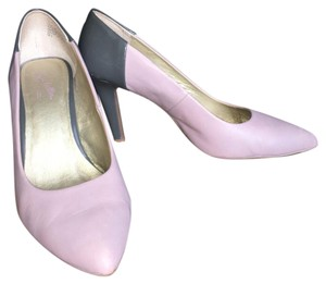 Seychelles Lilac (purple) and gray Pumps