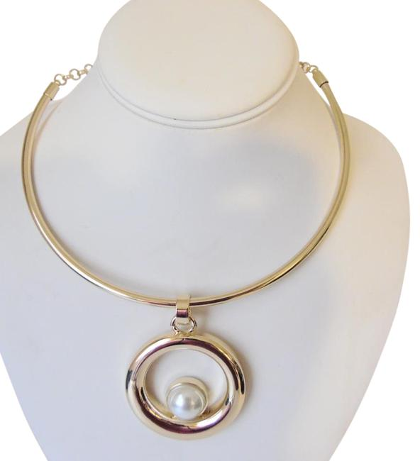 "R.J. Graziano Goldtone Circle Pendant with 16 -1/2"" Necklace R.J. Graziano Goldtone Circle Pendant with 16 -1/2"" Necklace Image 1"