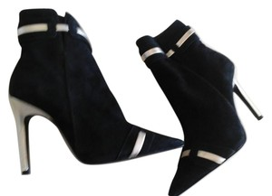 Laundry by Shelli Segal Black suede/Gold leather Boots