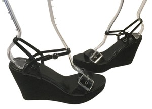 Guess By Marciano Large/small Buckles Black leather and suede Wedges