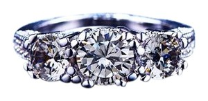 Beautiful Three Stone Round Cut Crystal Stones Silver Wedding-Style Ring, Size 6, NWT