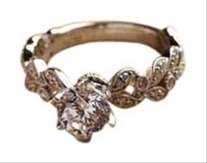 Beautiful Filigree Wedding Round Cut Crystal Stone Silver Ring, Size 6, NWT