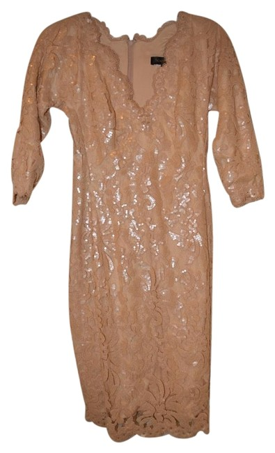 Preload https://img-static.tradesy.com/item/15876082/tadashi-shoji-beige-lace-party-knee-length-cocktail-dress-size-0-xs-0-1-650-650.jpg