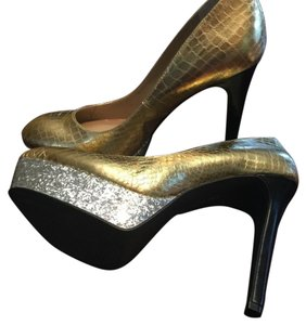BCBGeneration Dark Gold/Silver Pumps