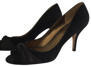 Ann Taylor LOFT Black Pumps