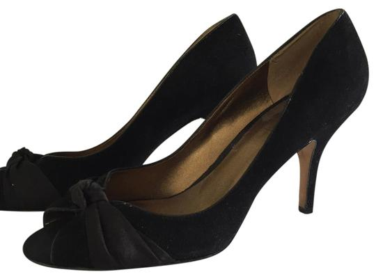 Preload https://img-static.tradesy.com/item/15876652/ann-taylor-loft-black-pumps-size-us-7-regular-m-b-0-1-540-540.jpg