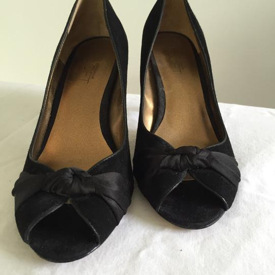 Ann Taylor LOFT Black Pumps Image 1
