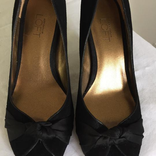 Ann Taylor LOFT Black Pumps Image 6