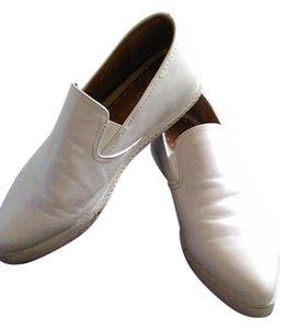 Jeffrey Campbell Jefrery Campbell White leather pointed loafers size 8 Flats