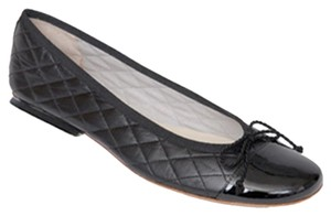 French Sole Quilted Patent Leather Black Flats