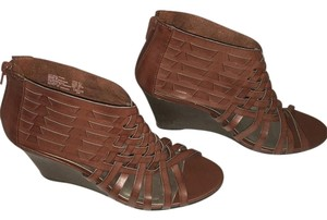 American Eagle Outfitters Wedge Leather Brown Wedges