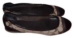 Coach Signature tan and brown Flats