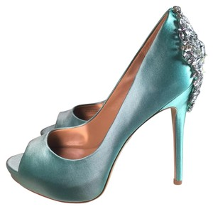 Badgley Mischka Satin Jewelry Heels Light Wedding Bridal blue Pumps