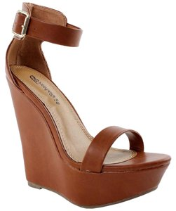 Mix No. 6 Tan Wedges