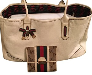 Gucci Satchel in Bone
