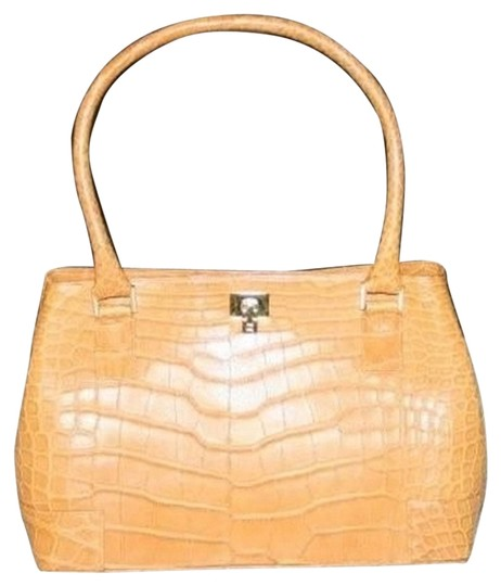 Preload https://img-static.tradesy.com/item/1588097/lambertson-truex-golden-tan-aligator-leather-shoulder-bag-0-0-540-540.jpg