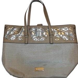 Nicole Miller Tote in Taupe / linen