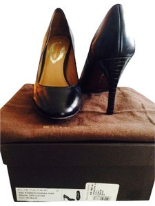 Elie Tahari Vivianna To Work Matte Black Pumps