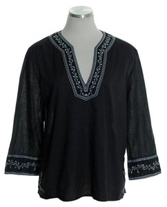 Gap Split Neck Embroidered Top Black