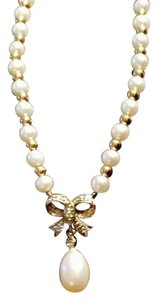 14k Gold Freshwater Pearl Diamond Necklace