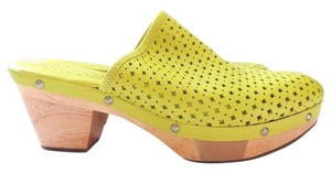 Rockport Clog Yellow Mules