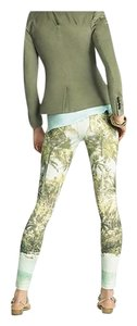 Hue Ponte Sleek Stretchy Green multi color Leggings