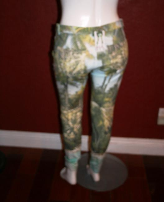 Hue Ponte Sleek Stretchy Green multi color Leggings Image 4