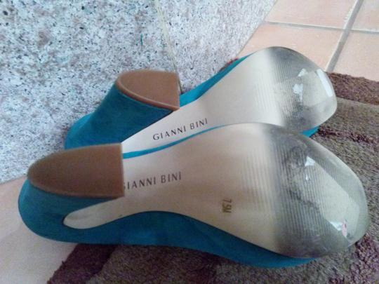 Gianni Bini turqoise blue Pumps