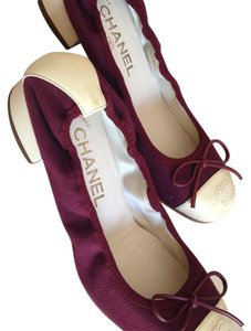 Chanel Beige and Burgundy Flats