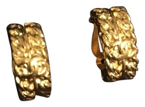 Chanel Authentic Chanel Creolla Clip Style Earring Gold