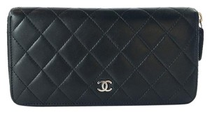 Chanel Chanel CC Logo Quilted Black Long Wallet