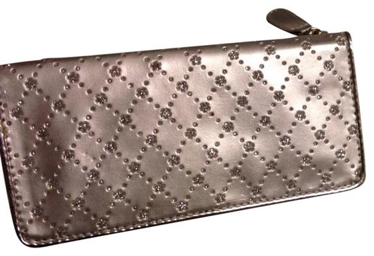 rga accessories Silver Sparkle Clutch Wallet Image 0