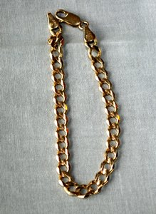 Gently Used 14k Yellow Gold Curb Link Bracelet
